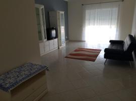 Apartamento T2, Lagoas