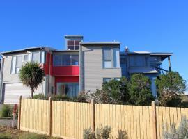 Phillip Island Waterfront House, Surf Beach