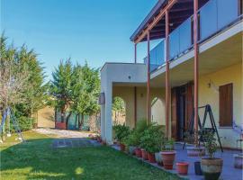 Three-Bedroom Holiday Home in Montefelcino PU, Casa Rotonda