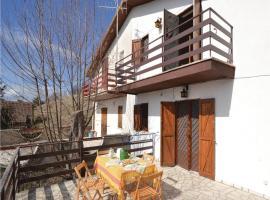 Three-Bedroom Holiday Home in Serrone (FR), Serrone