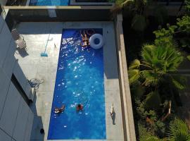 Villa Maximum, Ashdod