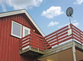 Four-Bedroom Apartment Røyken 03, Båtstø