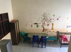 Dewi's Holiday Villa Brastagi, Berastagi