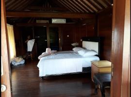 Wood house bali, Ungasan
