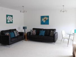 HLS - Wellington En-Suite Apartment, Wishaw