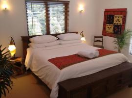 Eco-Friendly Luxury King Suite, Tallebudgera