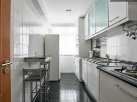Cardoso Lopes Apartment, Amadora