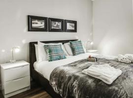 Approved Serviced Apartments Gorse Hill, Mančestra