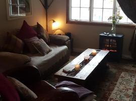 The Cottage London, Teynham