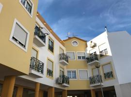 Yellow apartment, Cercal