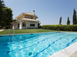 Villa with swimming pool and garden, Markópoulon