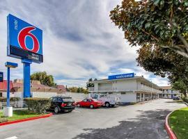 Motel 6 Santa Clara, Санта-Клара