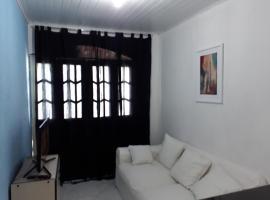 Suite com varanda em Simões Filho, Água Comprida