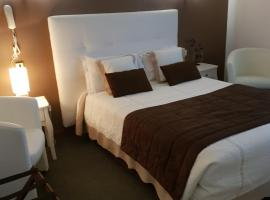 Hotel Christina - Contact Hotel, Châteauroux