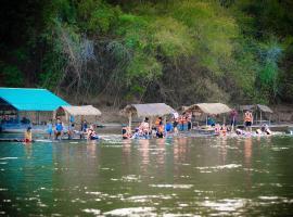 Boutique Raft Resort, River Kwai, Sai Yok