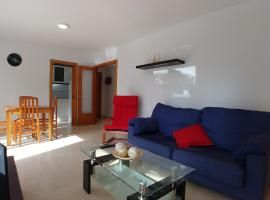 Nice Apartment in front to the beach Calafell, Calafell
