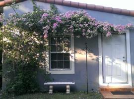 Charming Cottage, Biscayne Park