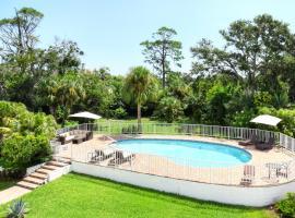 Luxury Pool Home - Across From Halifax River 1500, Daytona Beach