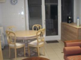 Appartement Lieu dit Cologne, Coulangé