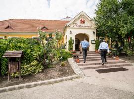 Gastland M0 Hotel & Restaurant, Sigetsentmikloš