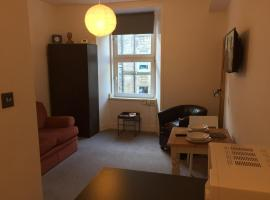 Library Apartment Edinburgh
