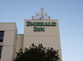 Emerald Inn, Maplewood