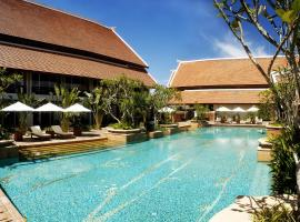 Mission Hills Phuket Golf Resort, Por Bay