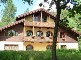 Chalet Volpe Rossa, Cavalese