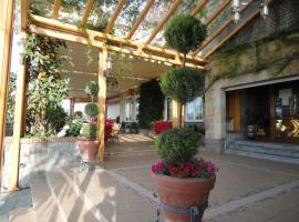 Hotel La Maruxiña, La Alameda de la Sagra