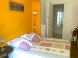 Chez Josephine, Niza