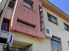 Hotel Maxim, Svätý Jur