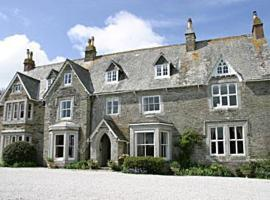 Molesworth Manor, Padstow