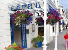 Foyles Hotel, Clifden