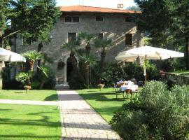 L'Arcadia, Pietrasanta