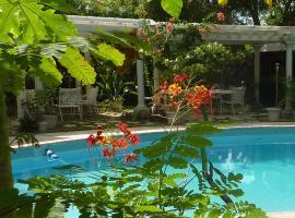 Orchard Garden Hotel, Nassau