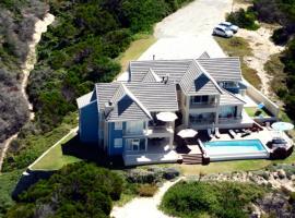 Moya Manzi Beach House, Jeffreys Bay