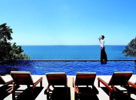 Secret Cliff Resort, Praia de Karon
