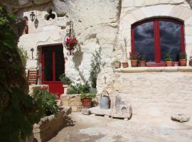 Les Chambres d'Hôtes Troglo du Rossignolet, Лош