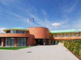 Luna Hotel Motel Airport, Oleggio Castello