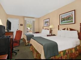 Baymont Inn & Suites - Dunn, Dunn