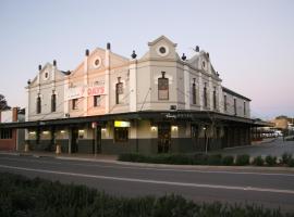 Peden's Hotel, Cessnock