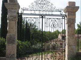 Villa La Roque, Fuveau