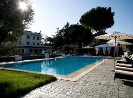 Hotel Castle, Rim