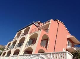 Apartments Villa Amalia, Omiš