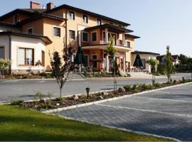 Hotel Ambasada, Krobia