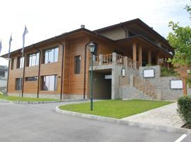 Hotel Berkut, Brestnik