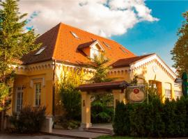Villa Noa, Križ