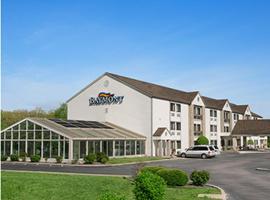 Baymont Inn & Suites - Sullivan, Sullivan