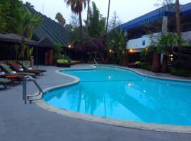 Hotel Current, Long Beach