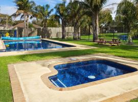 Carrum Downs Holiday Park and Carrum Downs Motel, Carrum Downs